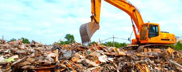 Семь аварийных домов в Саратове приговорили к сносу