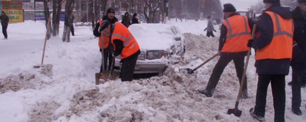 Московскую убирать от снега в Саратове будут 5 дней