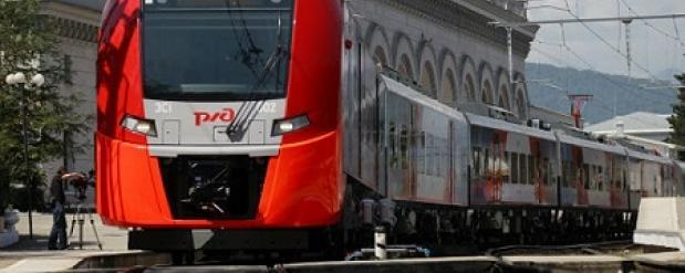 """Скоростной поезд """"Ласточка"""" совершил тестовый рейс из Самары в Саратов"""