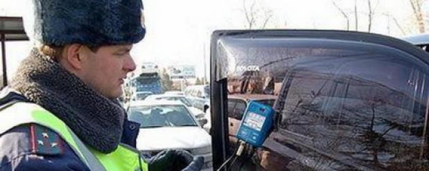 Водителя арестовали на трое суток за отказ выполнить требования саратовских полицейских