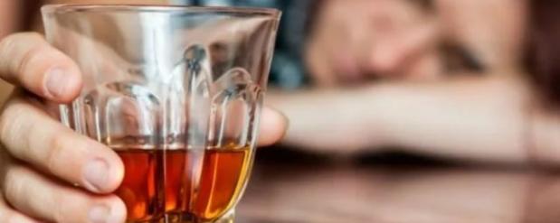 Школьник из Вольска отравился алкоголем в день рождения Путина