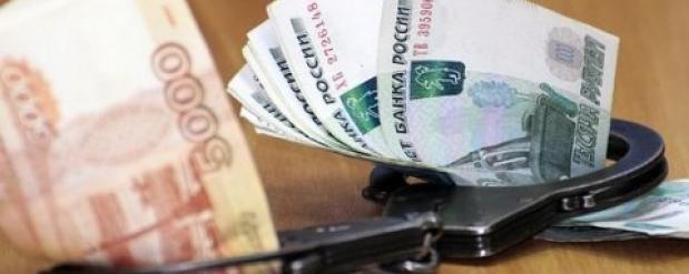 Слесарь саратовского предприятия оставил профессора без 73 тысяч рублей