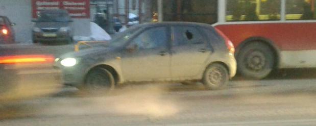 В Саратове водители устроили дорожные разборки со стрельбой
