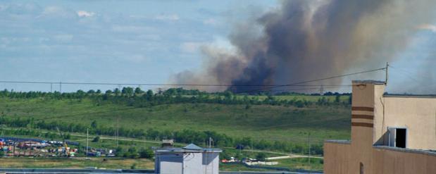 Возгорание на мусорном полигоне пока не удается ликвидировать