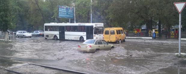 В Саратове будет отремонтирована всего одна улица, из-за плохой погоды